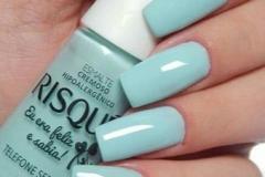 manicure-e-pedicure-unhas-risque