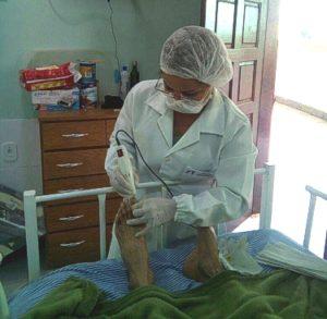 Podogeriatria - Tratamento dos pés em idosos no RJ