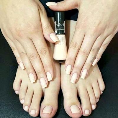 manicure-pe-e-mao