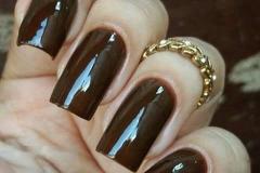 manicure-e-pedicure-unhas-posticas